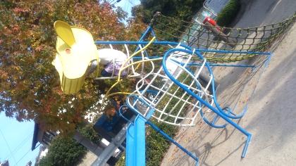 下の子と公園