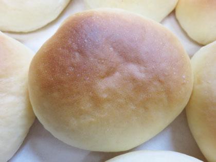 手作りクリームパン