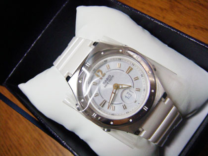 CASIO 腕時計 WAVECEPTOR ウェーブセプター レディース電波ソーラーウォッチ ホワイト MULTIBAND6 マルチバンド6 LWA-M142-7AJF レディース