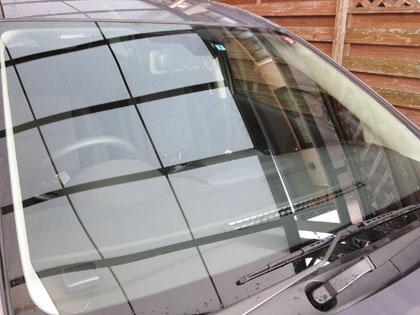 綺麗になった愛車プレマシーのフロントガラス